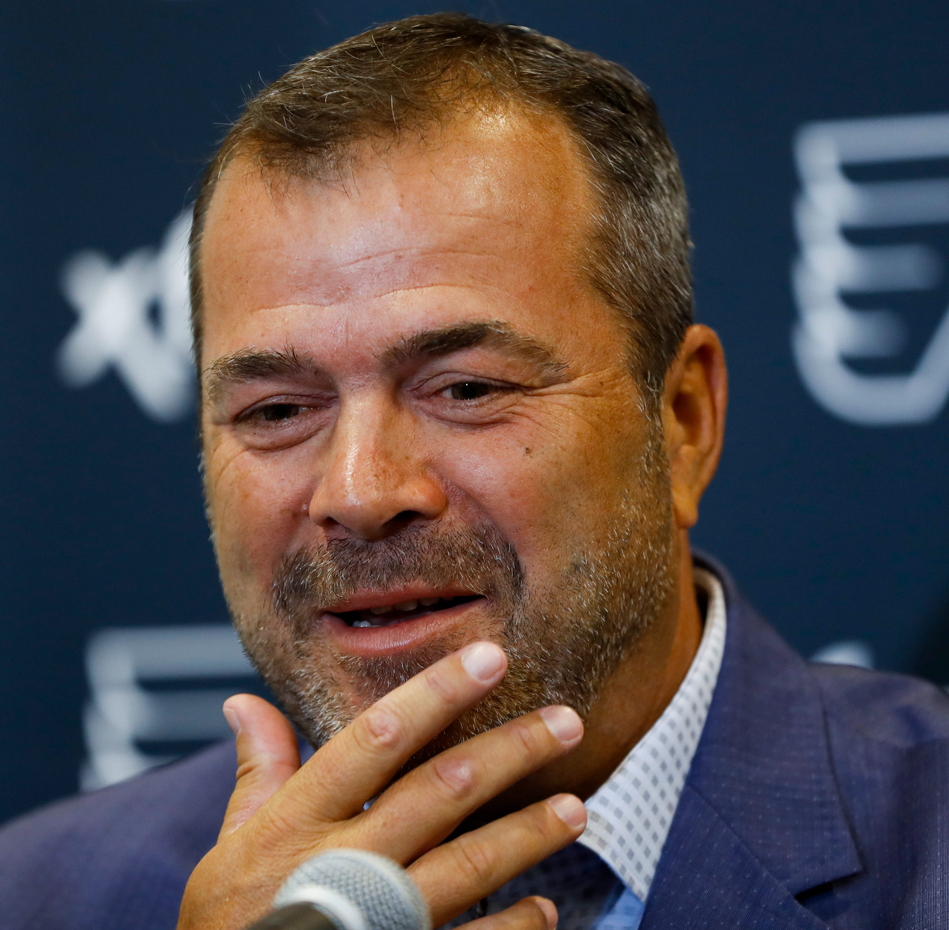 Why Alain Vigneault chose to hire two former head coaches on his staff