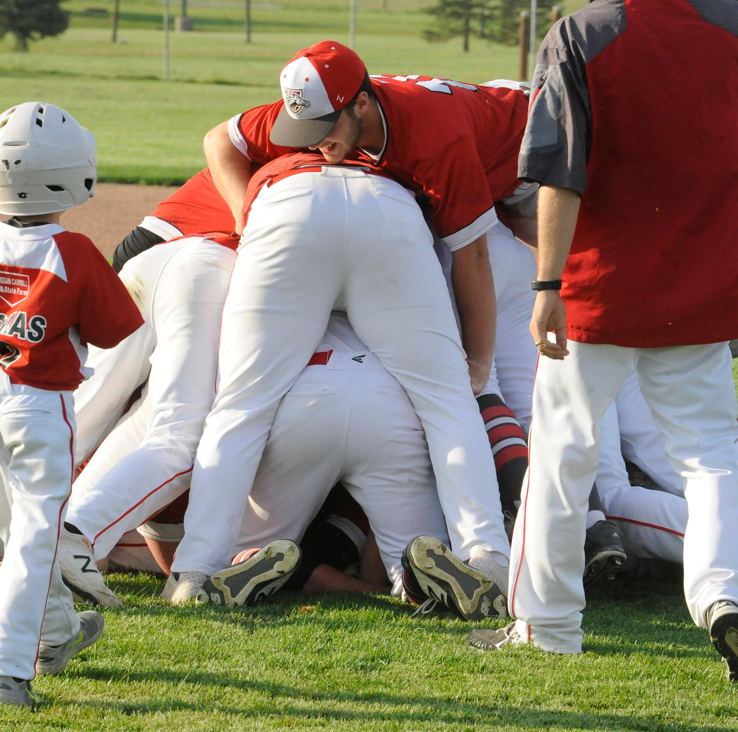 Westfall baseball wins first SVC title since 2010 with 8-2 win over Zane Trace