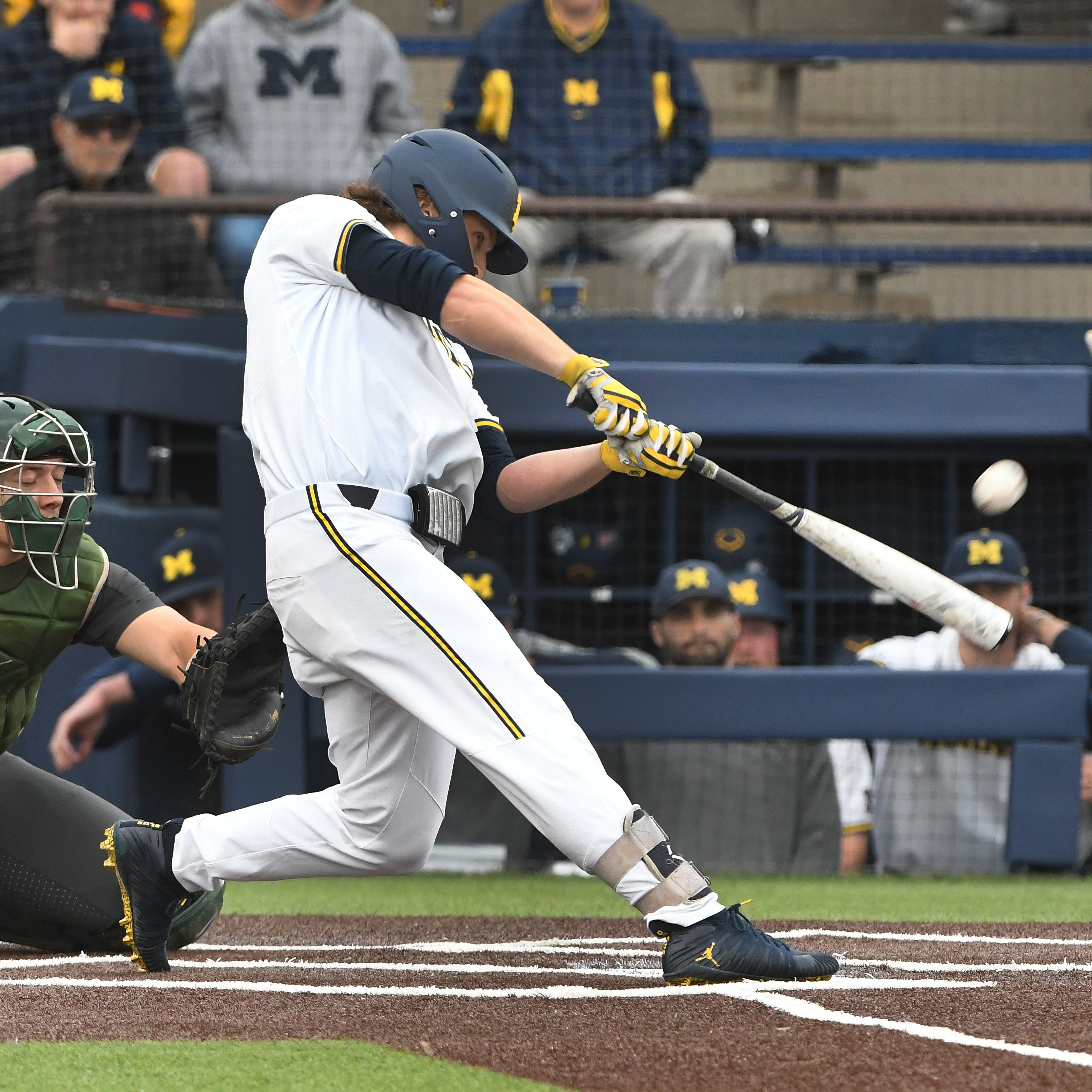 Friday's college baseball: Michigan stays alive in Big Ten tournament
