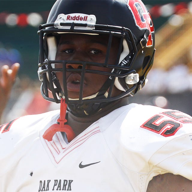 Trieu: Michigan offer 'means a lot' to rising Oak Park lineman Rayshaun Benny