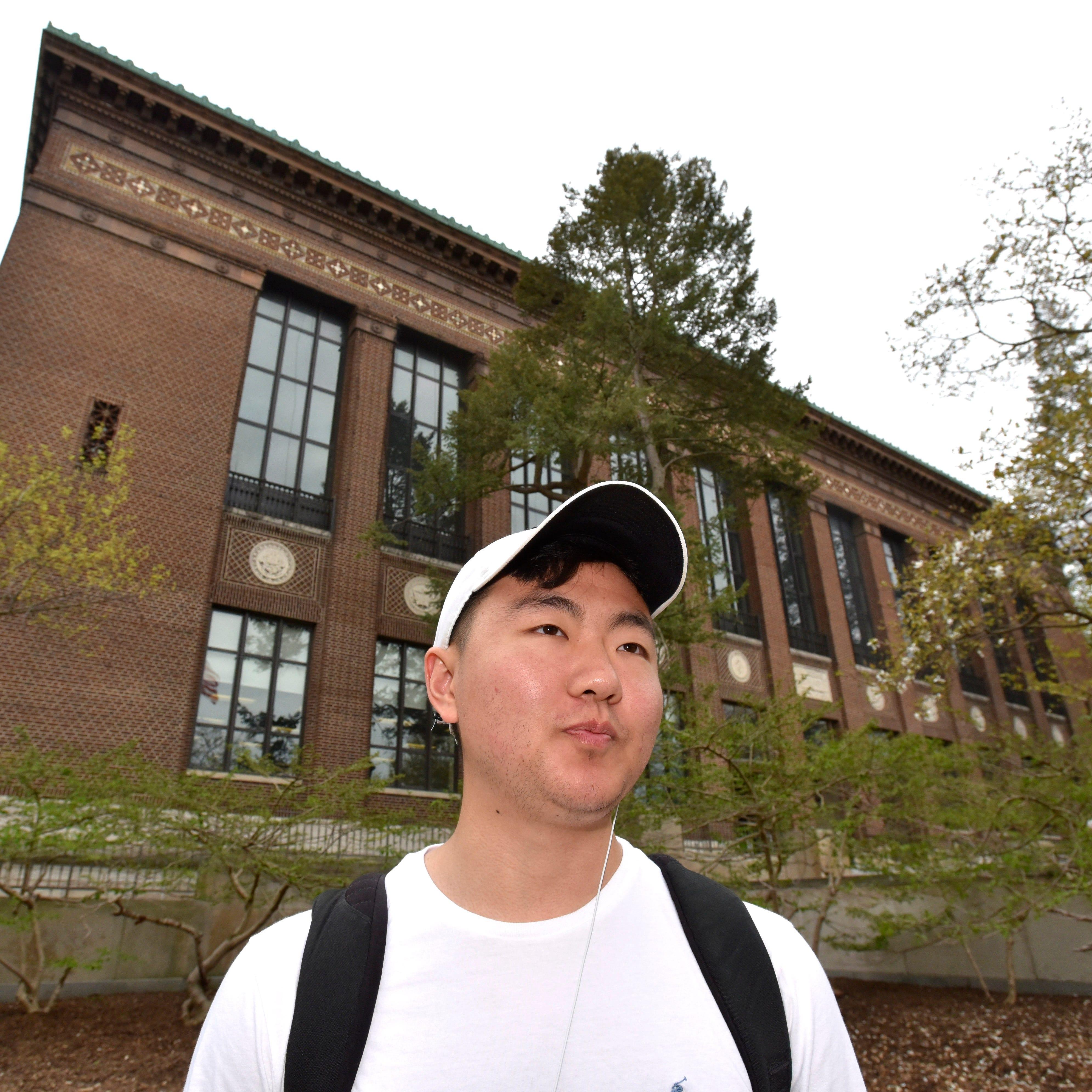 Michigan student loan debt increases 52% since 2007