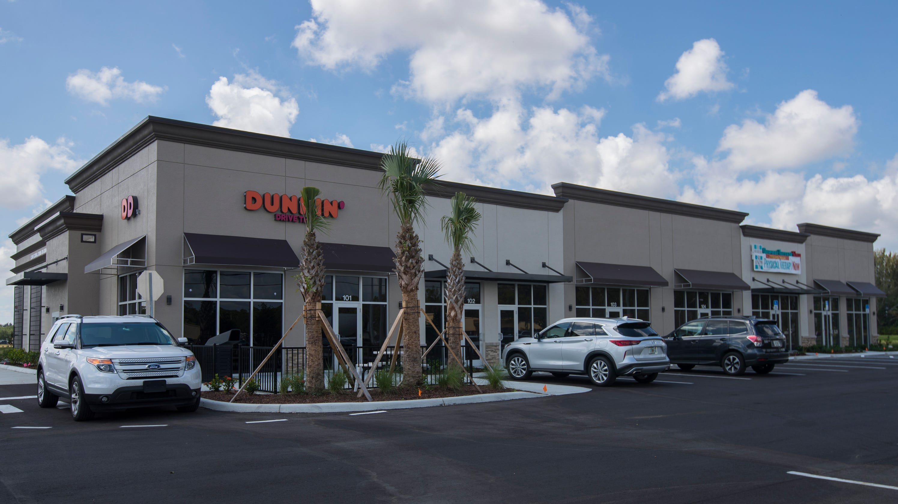 Dunkin' dropping 'donuts' from name, surges in Cape Coral