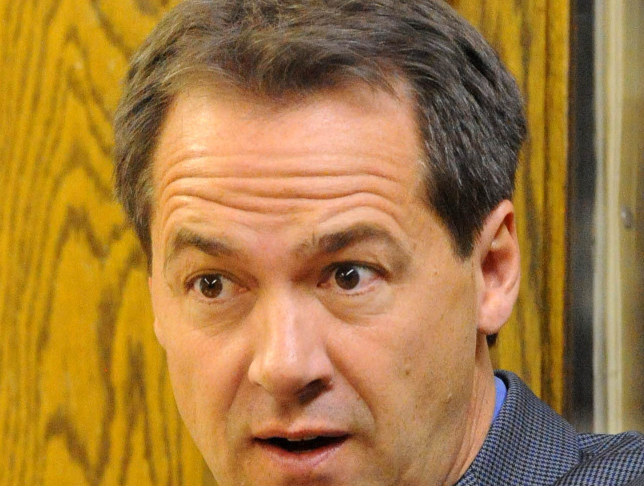 Montana gubernatorial candidate Steve Bullock visits the Great Falls High School journalism class during his campaign stop in Great Falls on Friday. TRIBUNE PHOTO/RION SANDERS