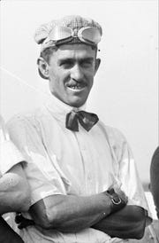 Louis Disbrow at the Indianapolis 500 in 1911.