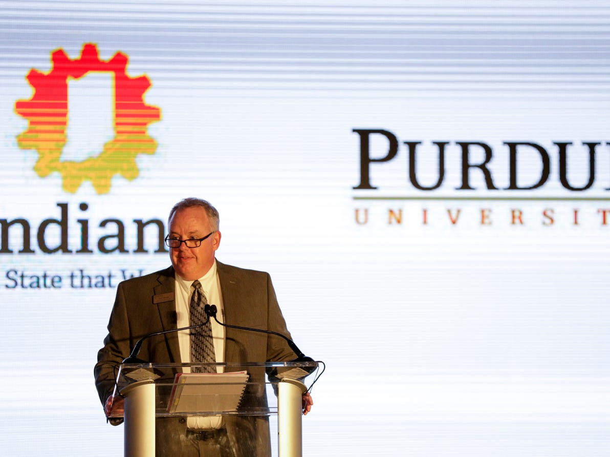 Paul Moses speaks during an announcement for a new Saab jet plant in West Lafayette, part of a $1 billion west campus plan, Wednesday, May 8, 2019 at the Purdue University airport in West Lafayette.