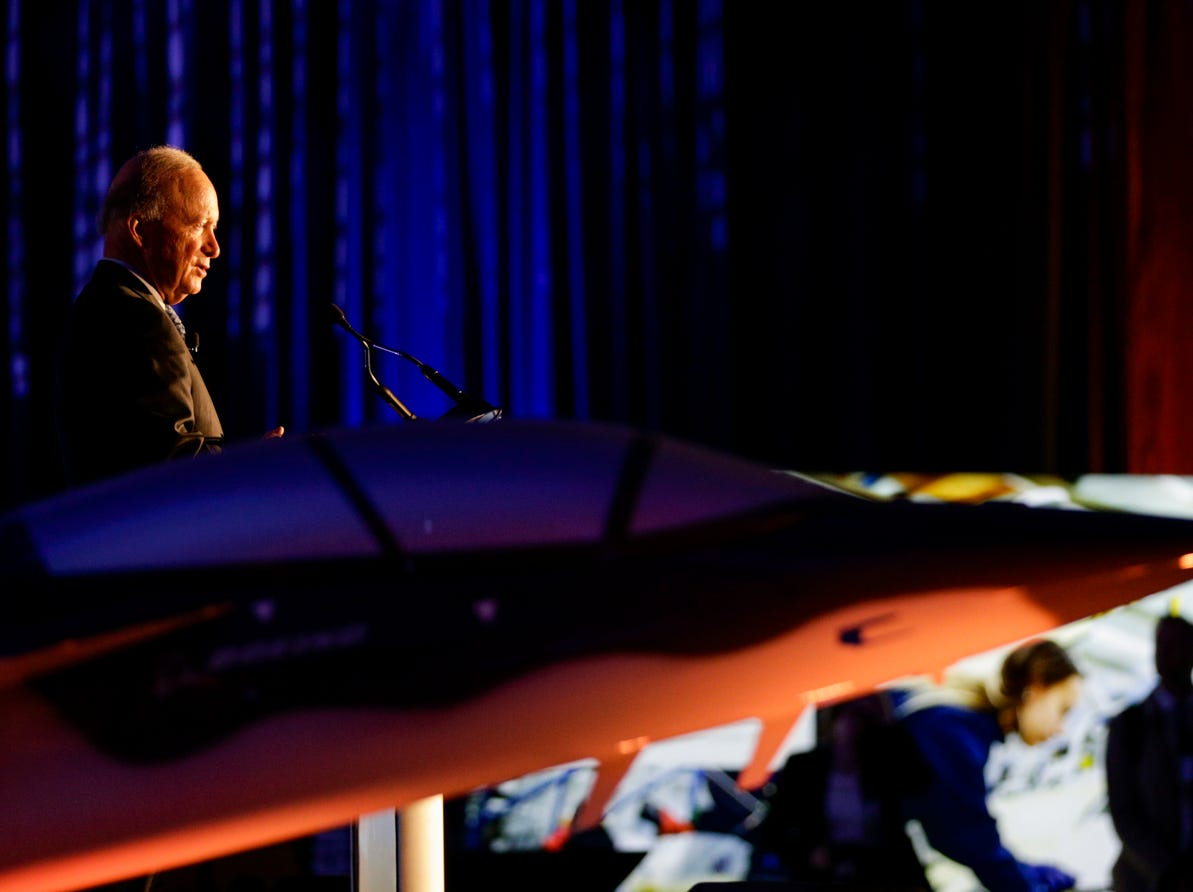Purdue University president Mitch Daniels speaks during an announcement for a new Saab jet plant in West Lafayette, part of a $1 billion west campus plan, Wednesday, May 8, 2019 at the Purdue University airport in West Lafayette.