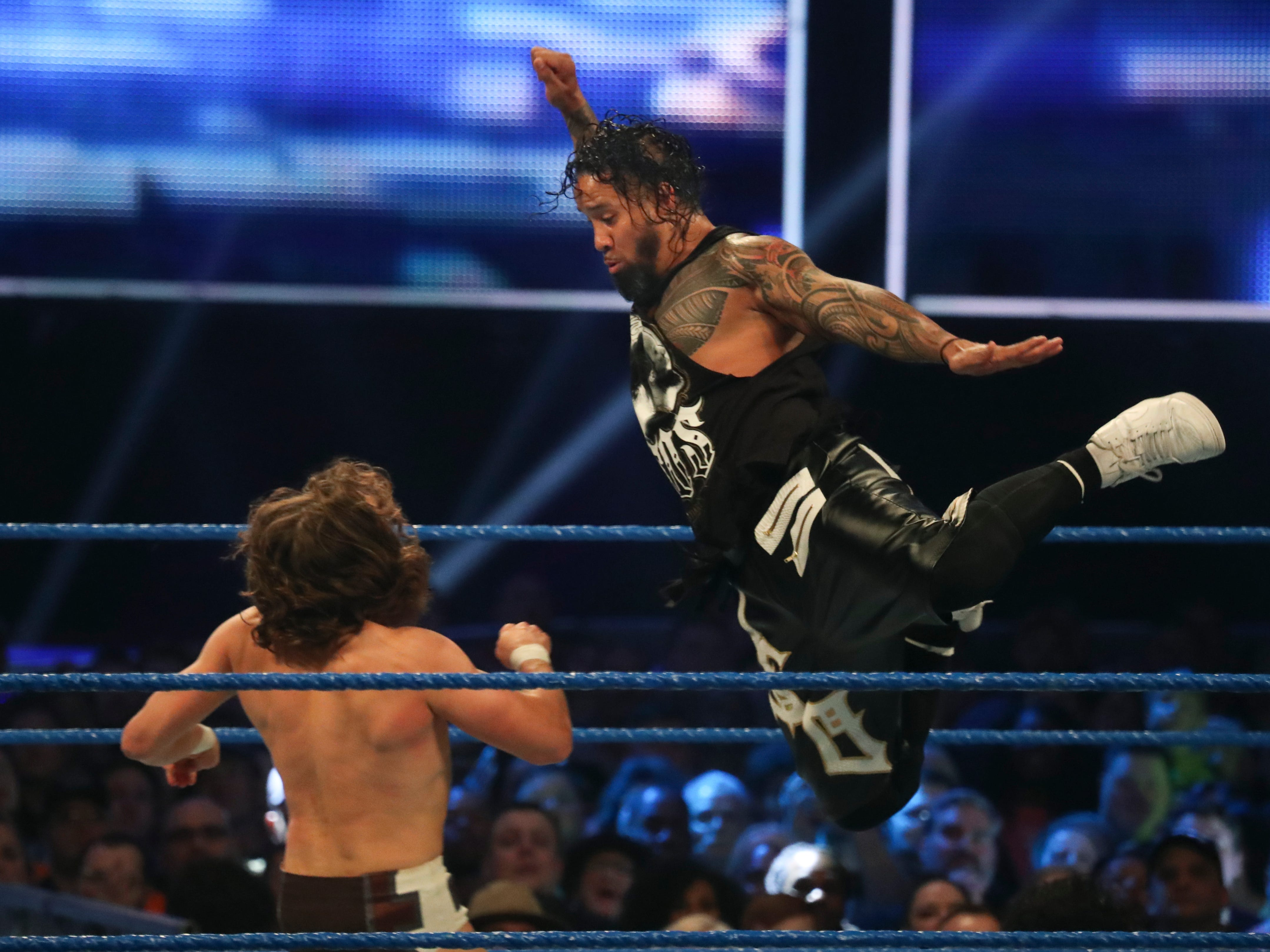 The Usos battle Daniel Rowan and Rowan for the Tag Team championship during WWE Smackdown on May 7.