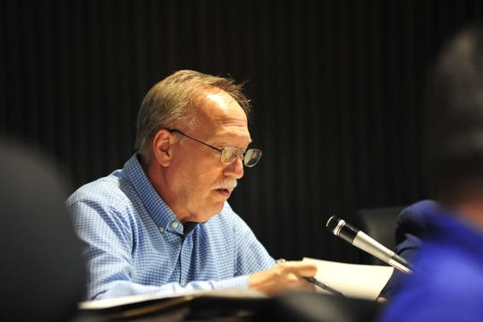 Cliff Mears, at-large city councilman, said the advisory board should be independent of council members.