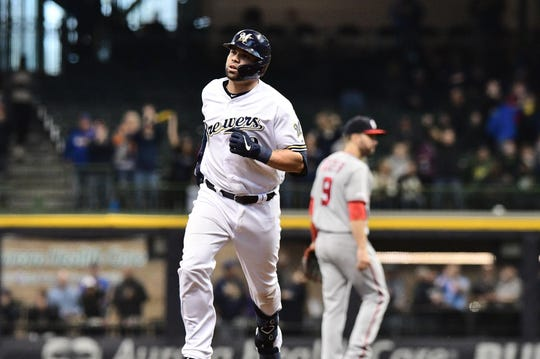 Brewers catcher Manny Pina rounds the bases after hitting a home run in the fifth inning Wednesday.