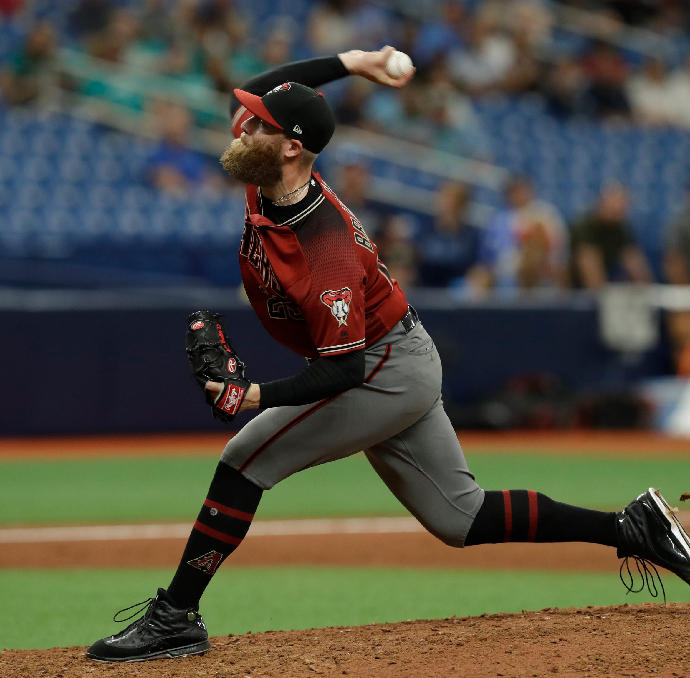 Diamondbacks pitcher Archie Bradley tweets his approval of royal baby name