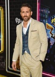 """El actor Ryan Reynolds asiste al estreno de """"Pokemon Detective Pikachu"""" en Military Island en Times Square el jueves 2 de mayo de 2019, en Nueva York."""