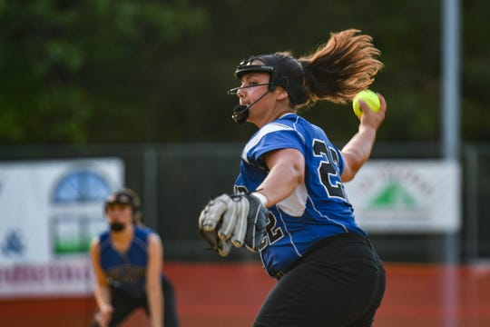 Decatur's Lexi Black (22) pitches against Colonel Richardson in the Bayside Softball Championship game on Wednesday, May 8, 2019.