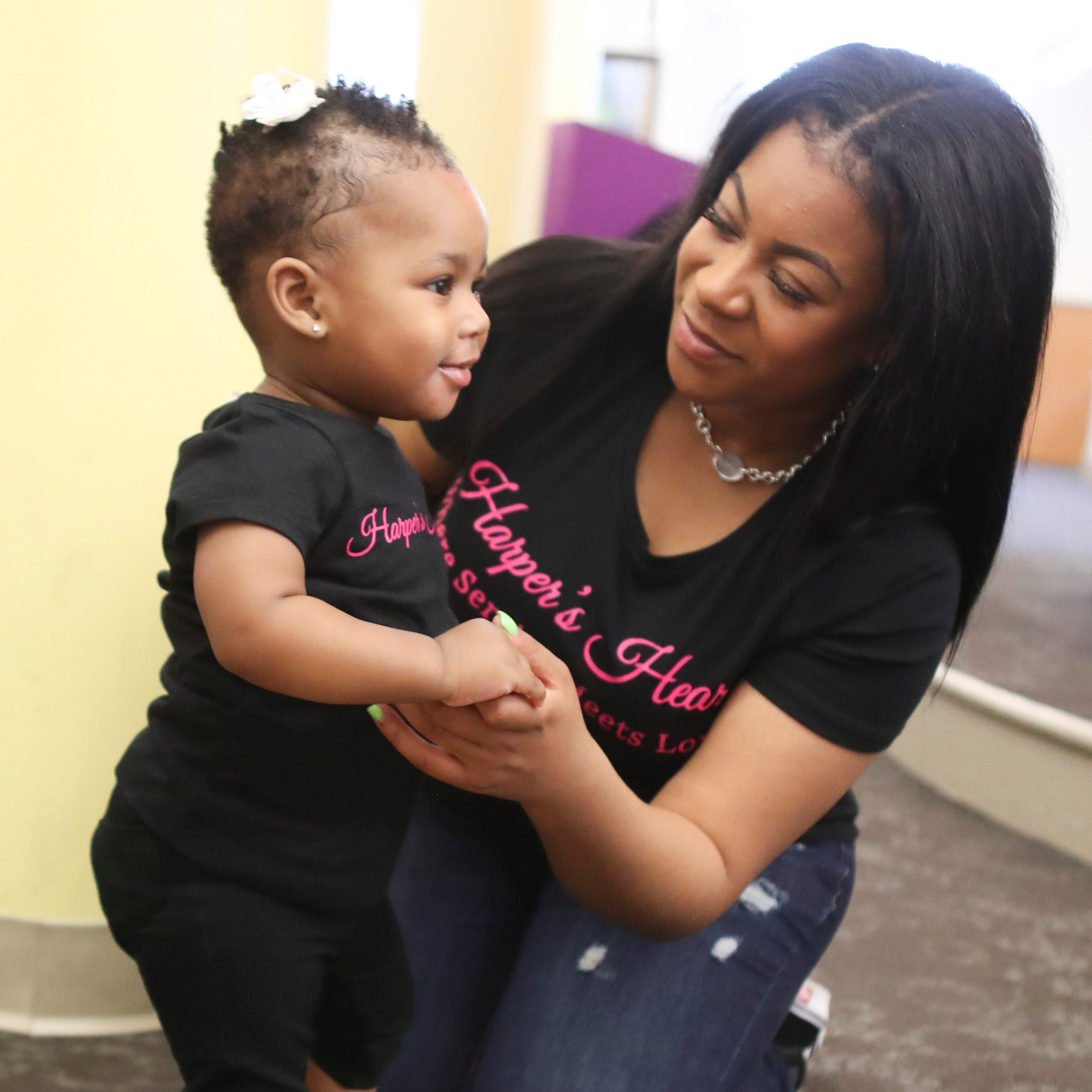 Once a single mother in crisis, Giovanna Andrews now helps other moms in need