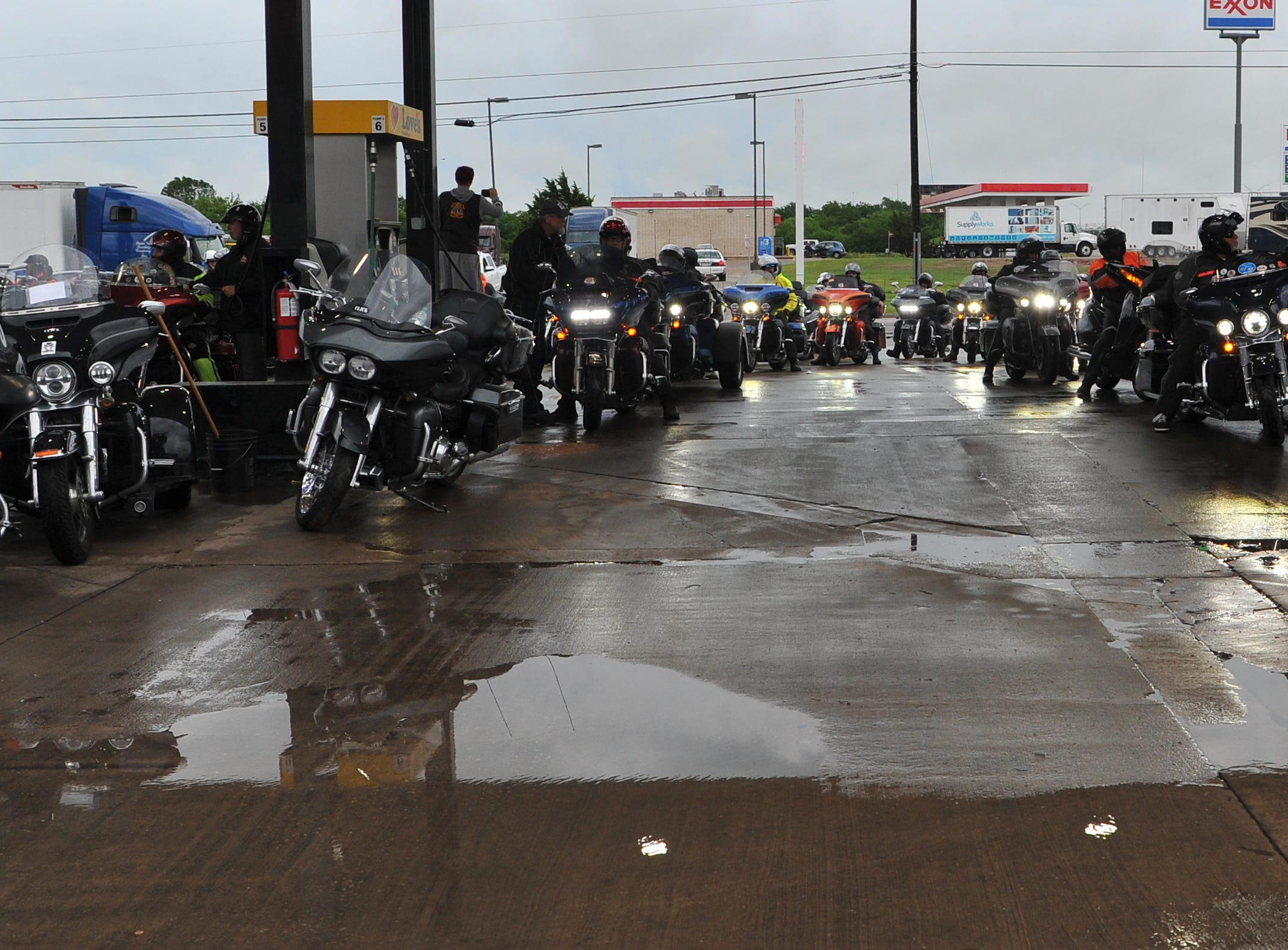 Kyle Petty and his Charity Ride made a Wichita Falls pitstop, Wednesday morning to refuel and meet fans. Petty began his charity ride 25-years-ago by combining his love for helping others with motorcycles, according to a release.