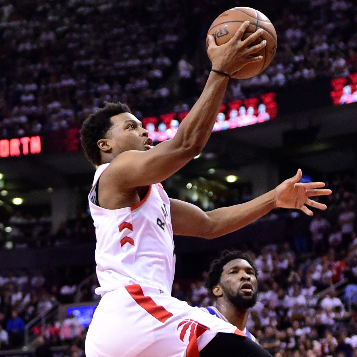 Raptors rout 76ers in Game 5 to take 3-2 series lead in Eastern Conference semifinals