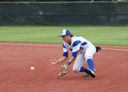 Pitkin second baseman Caleb Leblanc fields a grounder against Glenmora Wednesday afternoon at McMurry Park.