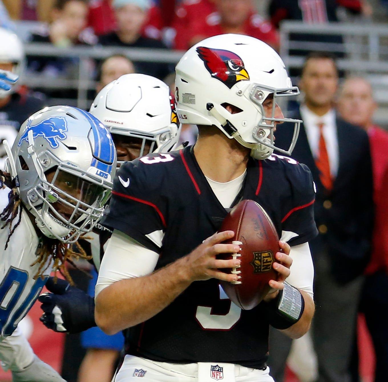 AP Source: Seahawks bolster pass rush adding Ezekiel Ansah