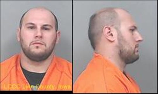 Vincenzo S. Lloyd shown in his Linn County Jail mugshot.