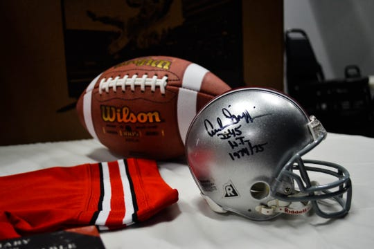 The event will feature an autograph session with former OSU national champion coach Jim Tressel and two-time Heisman trophy winner Archie Griffin.