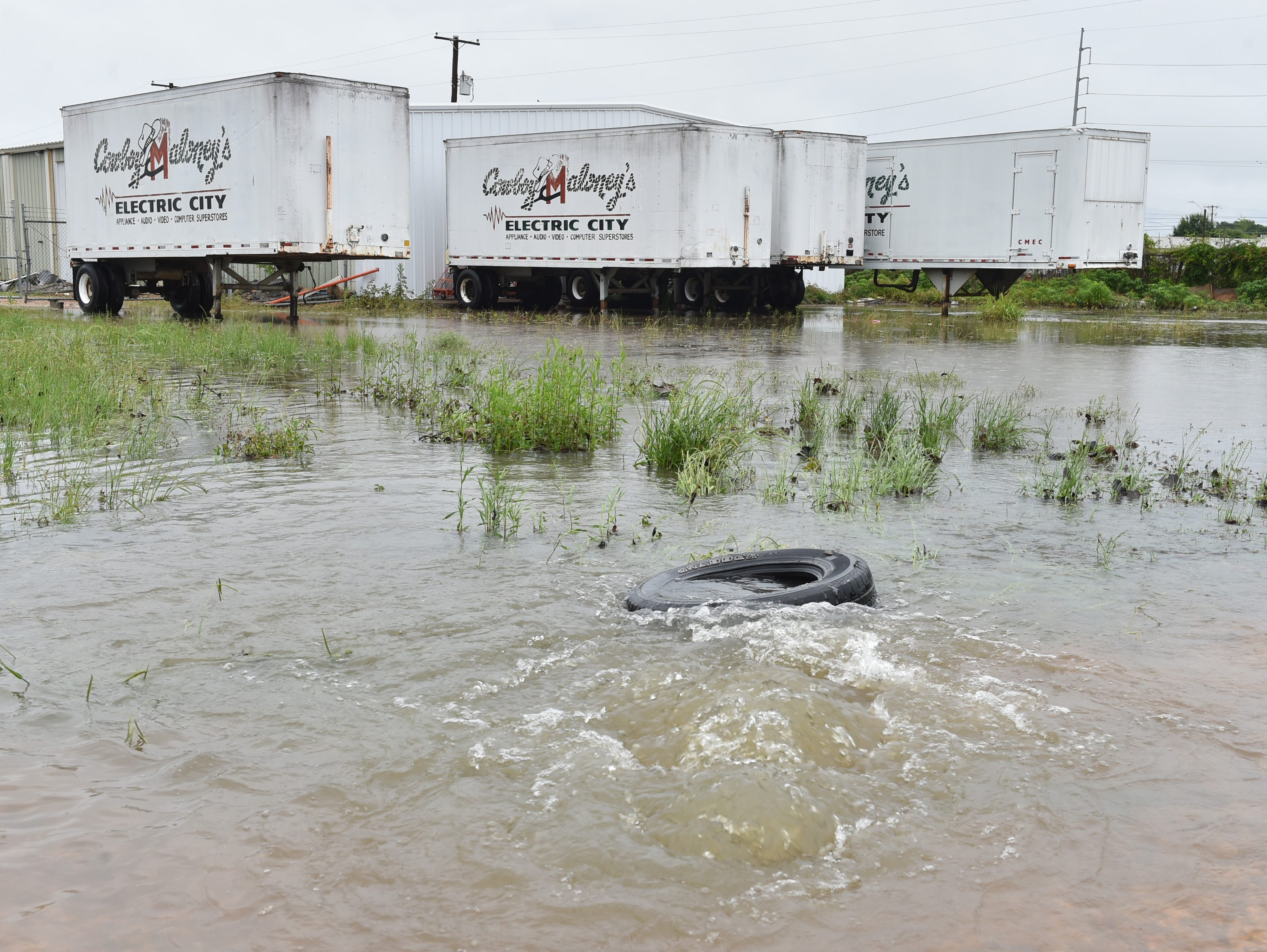 Vine street between Lamar and Monroe streets was overwhelmed with water during the rain storm on Thursday, May 9, 2019 in Jackson.