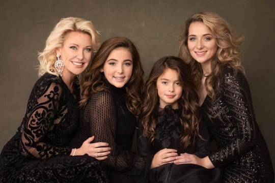 """Saray Taylor-Roman says that mother-daughter portraits are """"so dear to my heart."""" Nov. 23, 2018."""