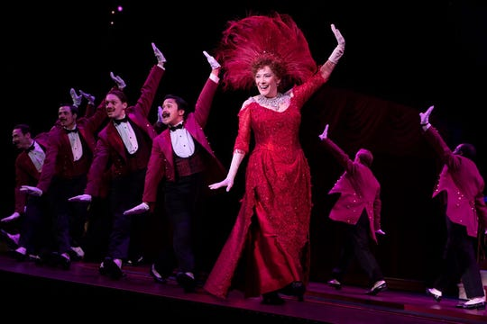 """Actress Betty Buckley and  the National Tour Company of """"Hello, Dolly!"""""""