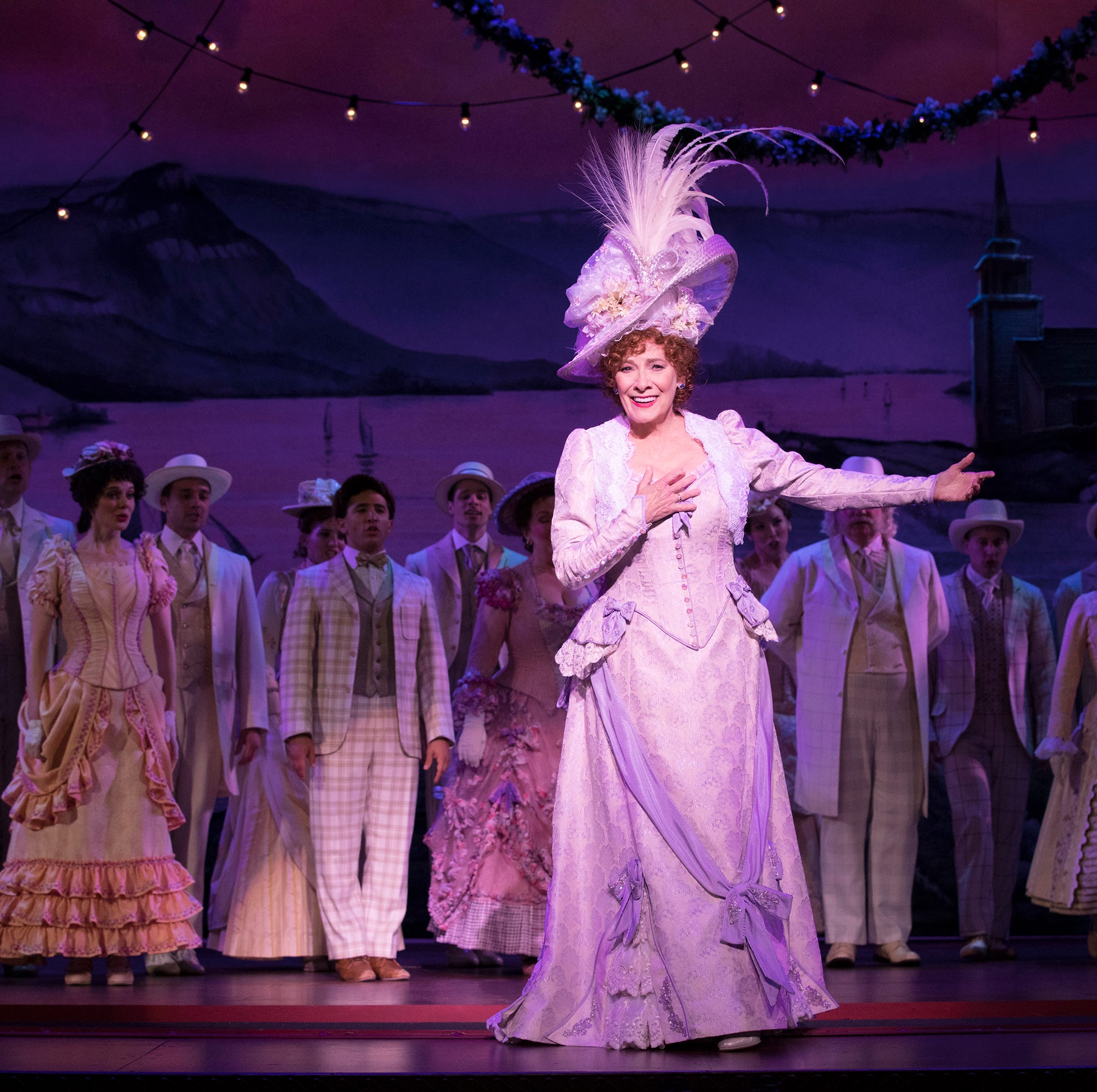 'Hello, Dolly!' brings an over-the-top Broadway spectacle to Louisville