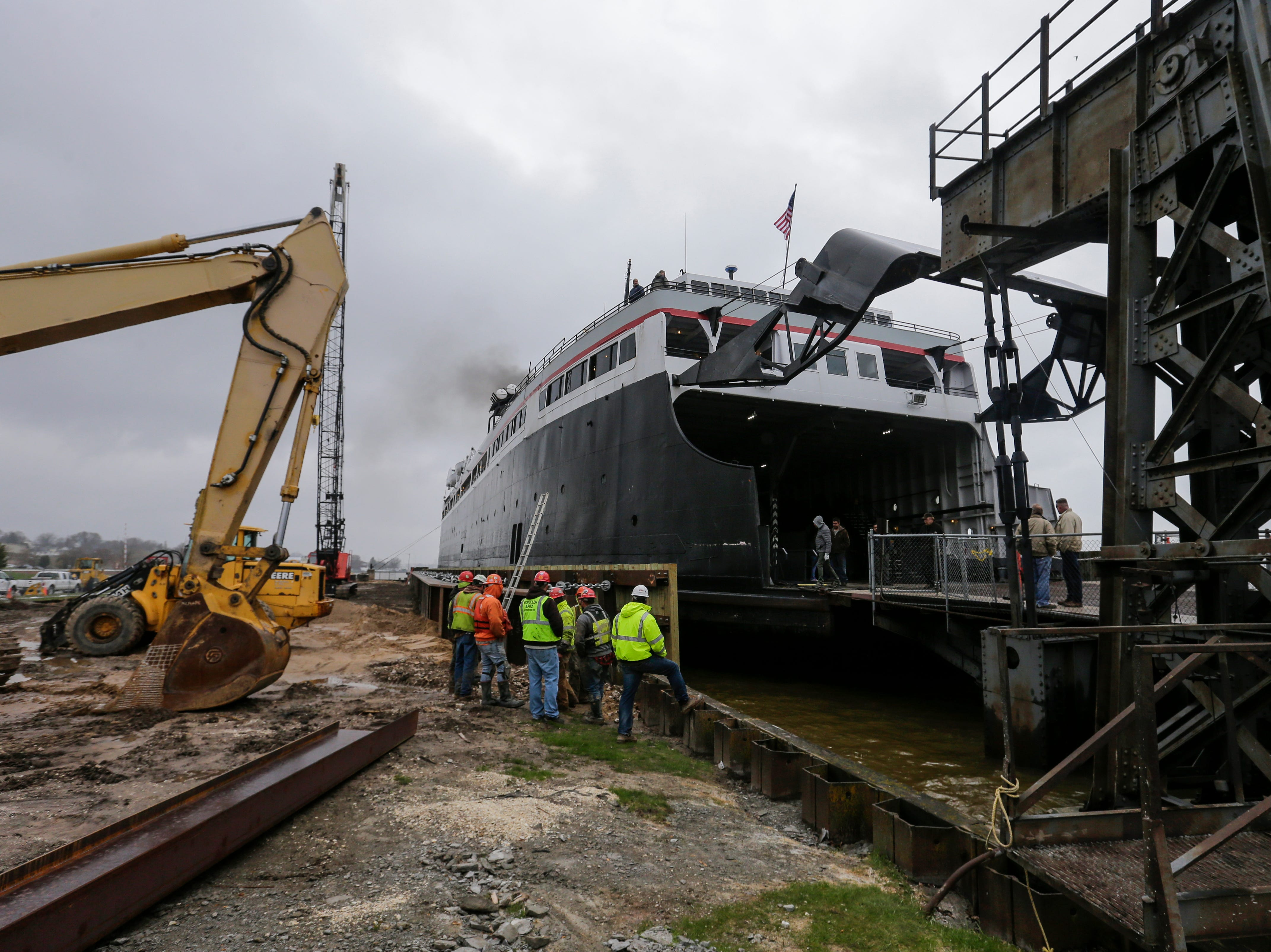 The S.S. Badger successfully docks on the newly constructed dock and wall Thursday, May 9, 2019, in Manitowoc, Wis. Joshua Clark/USA TODAY NETWORK-Wisconsin