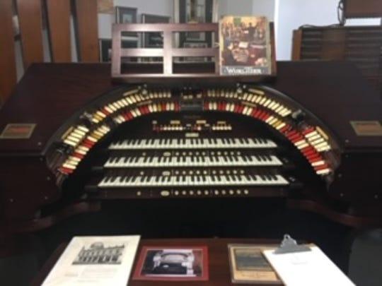 This 1925 Wurlitzer pipe organ, being restored in Chicago, is bound for Milwaukee's Oriental Theatre.