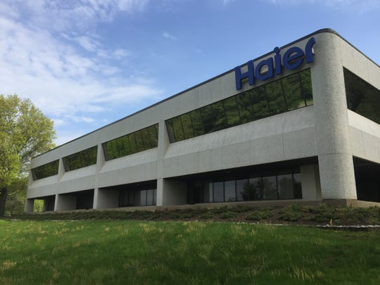 William Paterson University purchased this office building on Valley Road in Wayne to relocate its School for Continuing and Professional Education.