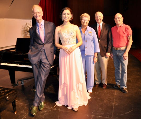 From left: Pianist Daniel Faltus and Soprano Jacquelynne Fontaine pose with Palm Springs Concerts Board Member Diane Tasse, President Christopher Seidel, and Administrator James Perry-Ferguson.