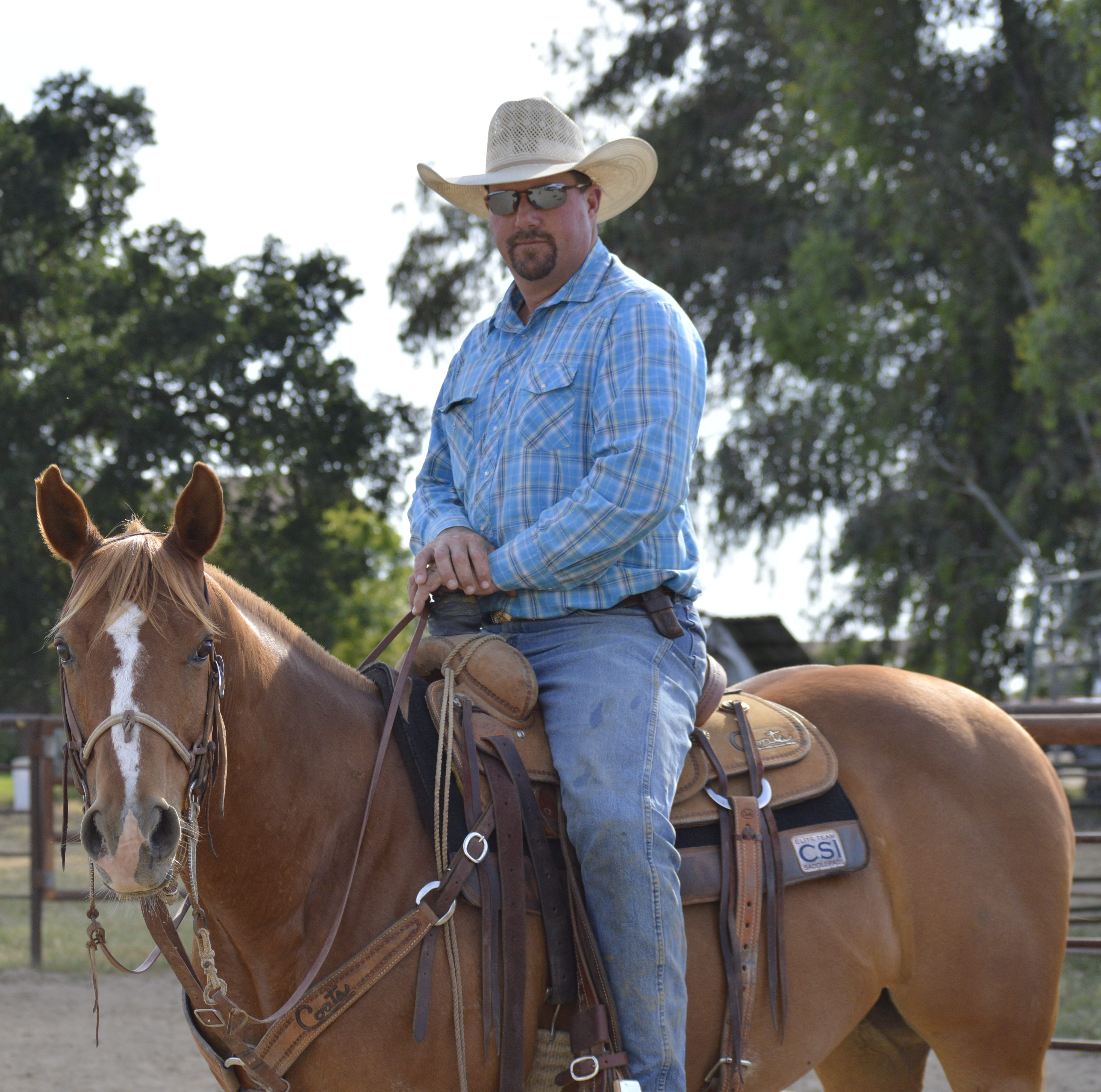 This Visalia cowboy is atop the PRCA world standings in team roping
