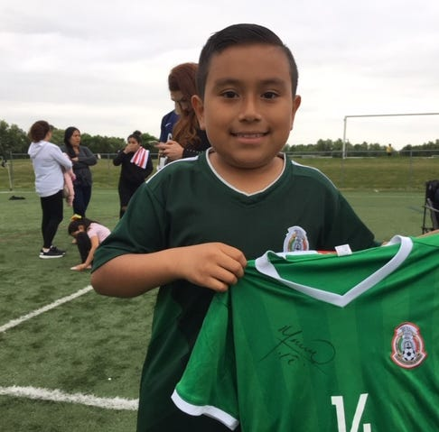 Kirkwood Soccer Club offers low-income kids a chance to play — and meet pro player