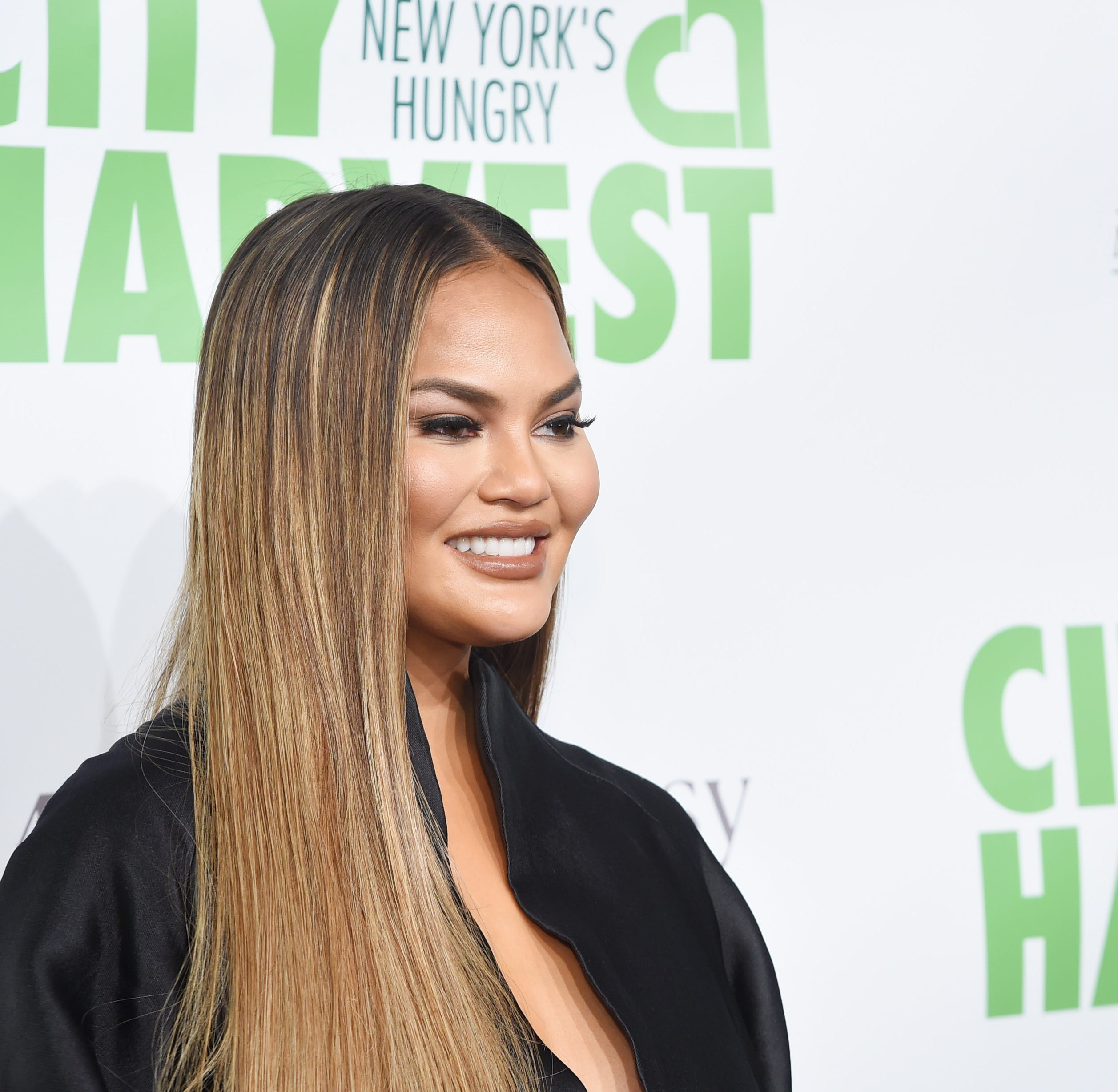 Chrissy Teigen got turned into an iconic meme during the 2015 Golden Globe awards.