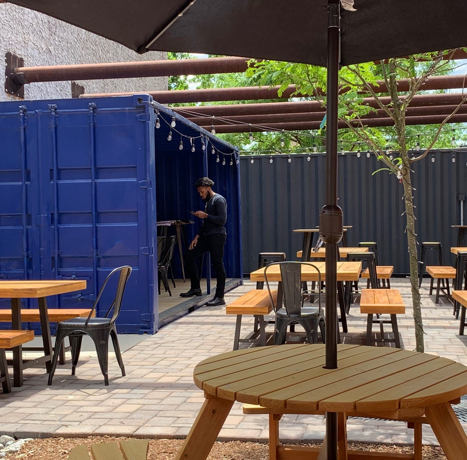 A beer garden grows in Camden: Arts Yard is open for business on Market Street