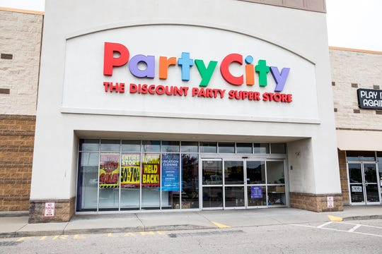 Party City location in Springdale is one of 45 stores closing. Party City says its closing stores due to a global helium shortage. Photo shot Friday May 10, 2019.