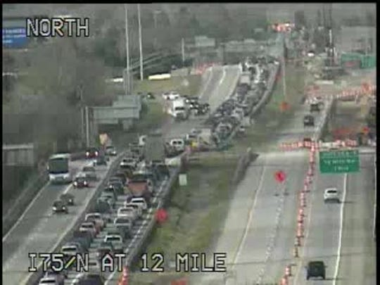 SB I-75 in Troy reopens after multiple-vehicle crash
