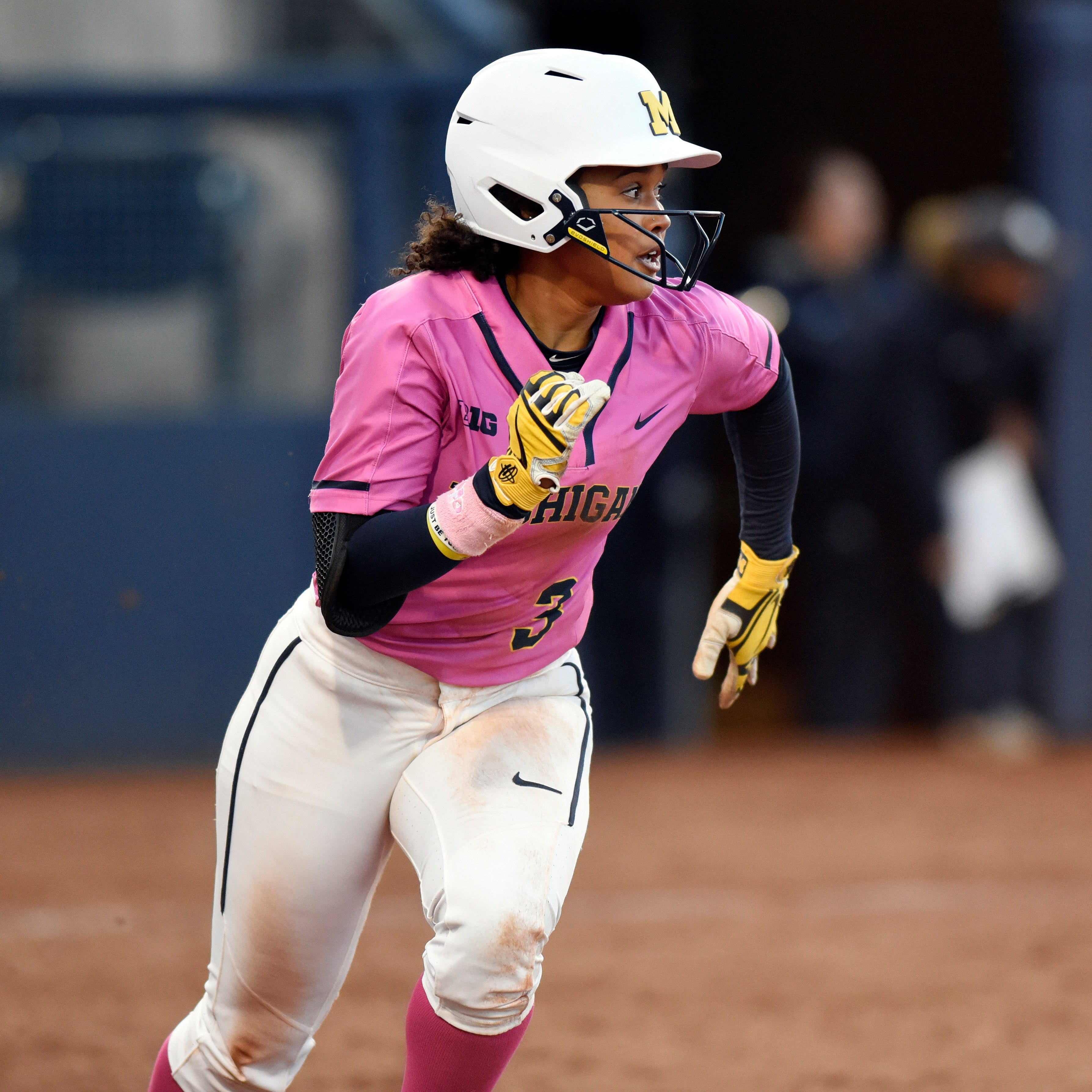 Lexie Blair's walk-off HR sends Michigan into Big Ten tournament semis