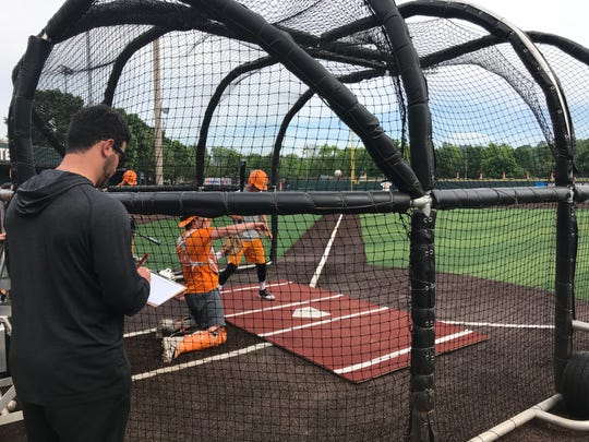 Tennessee volunteer assistant coach Ross Kivett leads non-roster work at Lindsey Nelson Stadium on April 29, 2019.