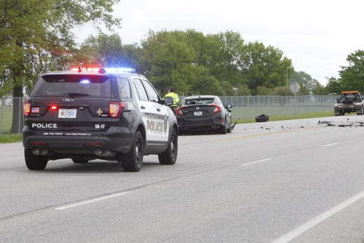 Two drivers injured in crash on Veterans Memorial Parkway in