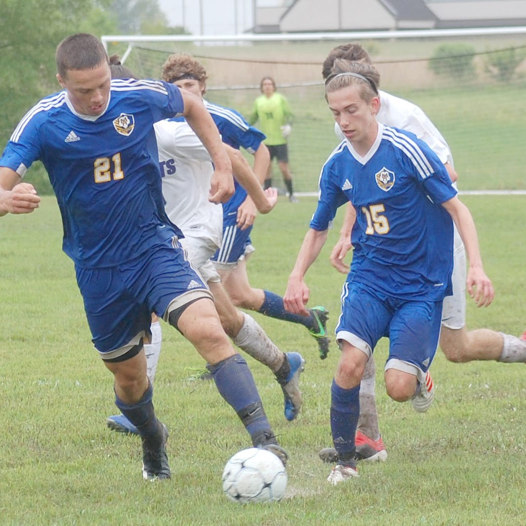 MHHS soccer teams advance at state tourney