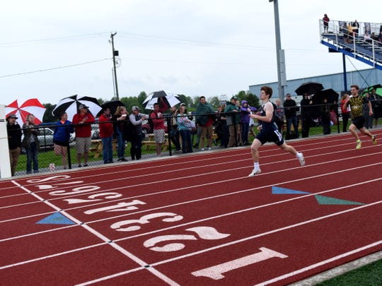 Granville junior Zach Walsh wins the 400 on May 9 during the Licking County League-Buckeye Division championships at Lakewood.