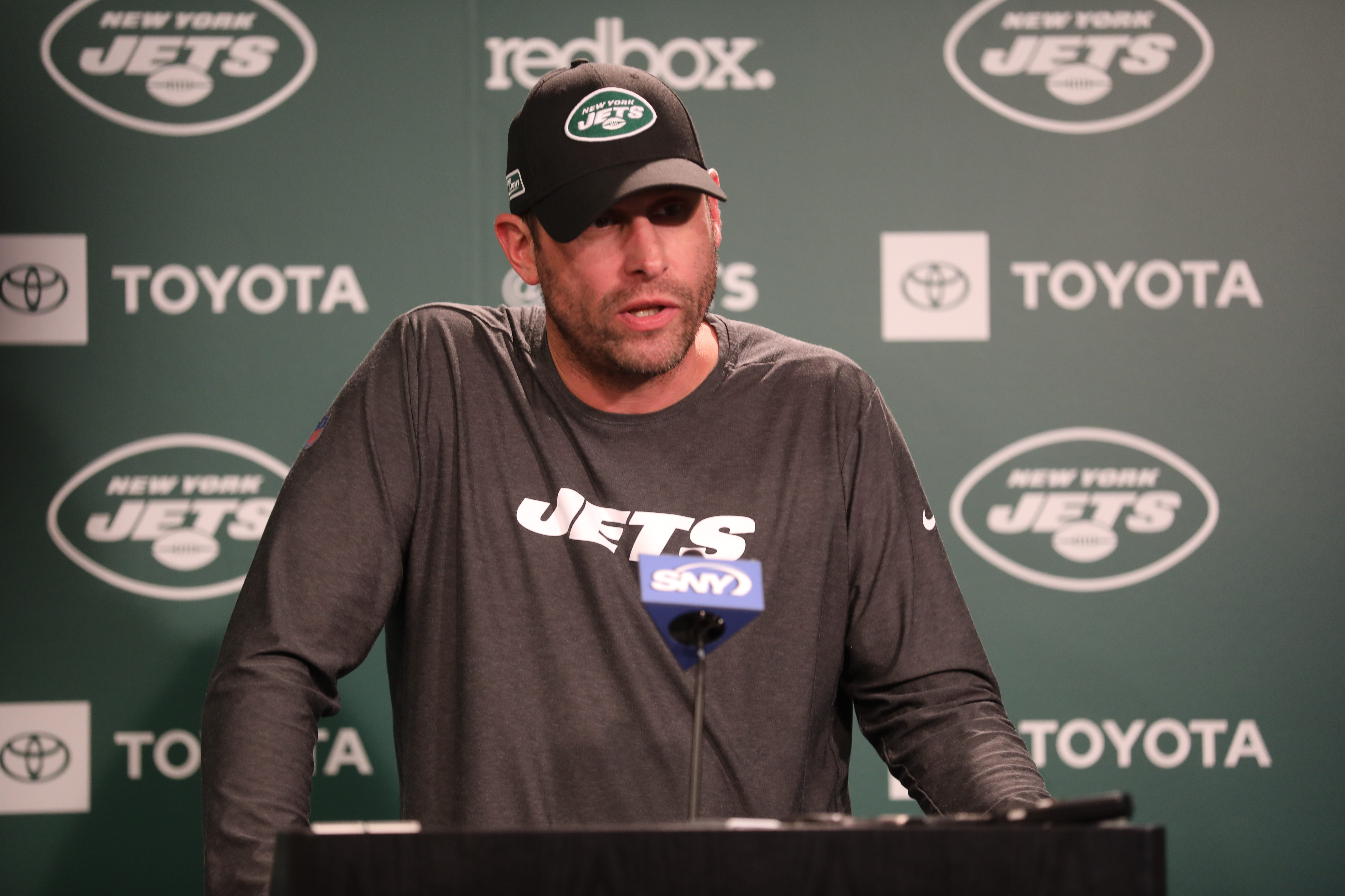 Jets coach Adam Gase says reports of rift with GM Mike Maccagnan made him angry