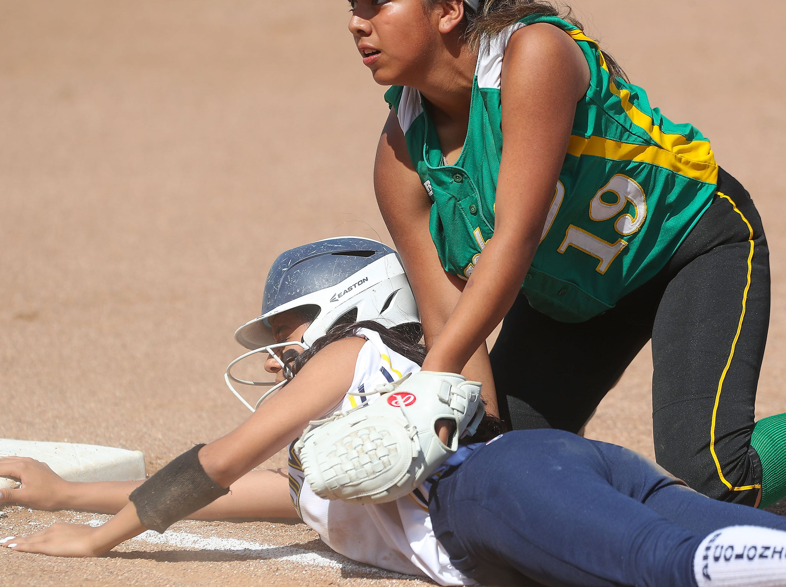 #19 of Coachella Valley tags out an Anaheim runner during the Arabs loss, May 9, 2019.
