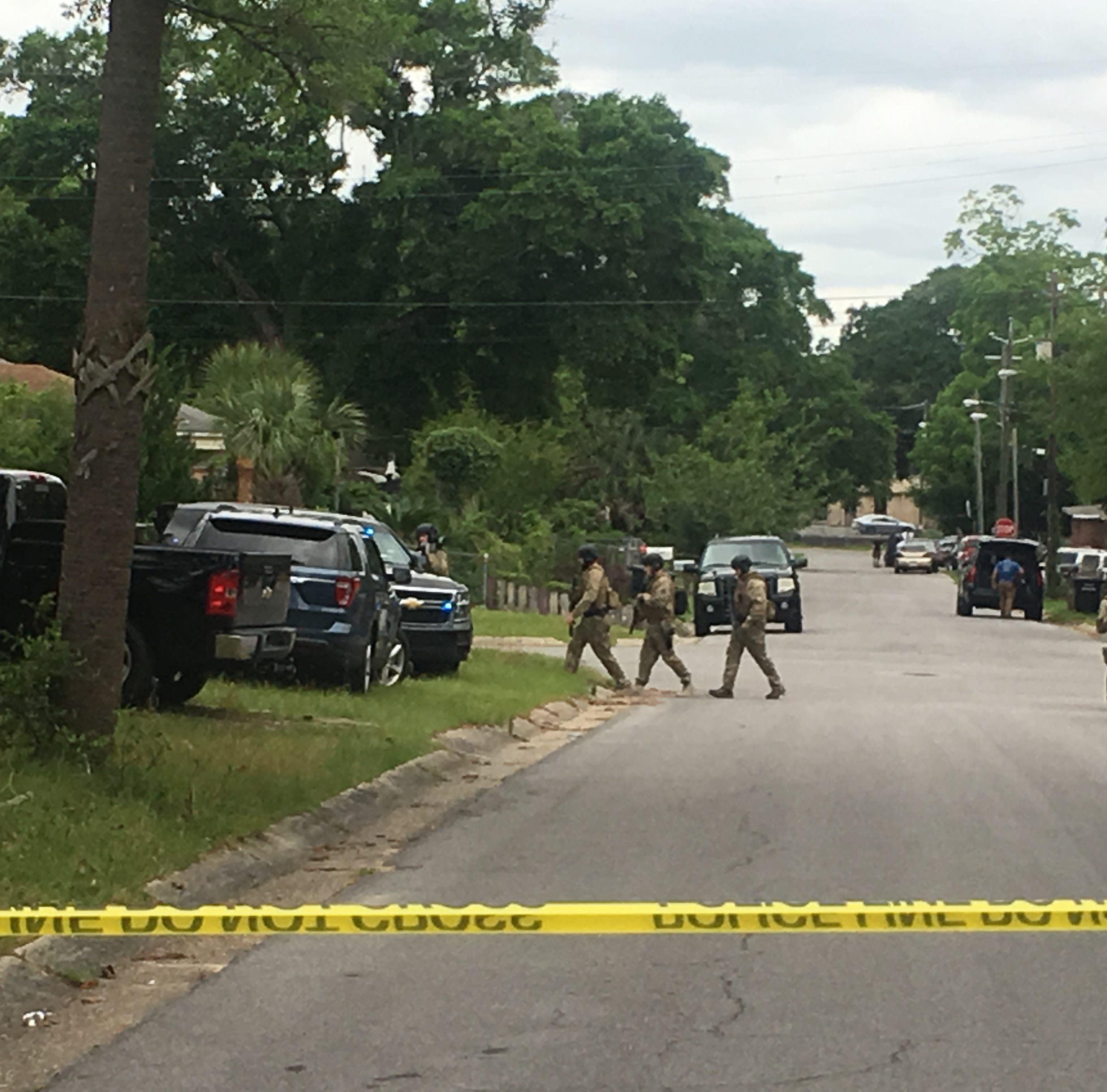 Two people surrender to police after standoff on West Lloyd Street