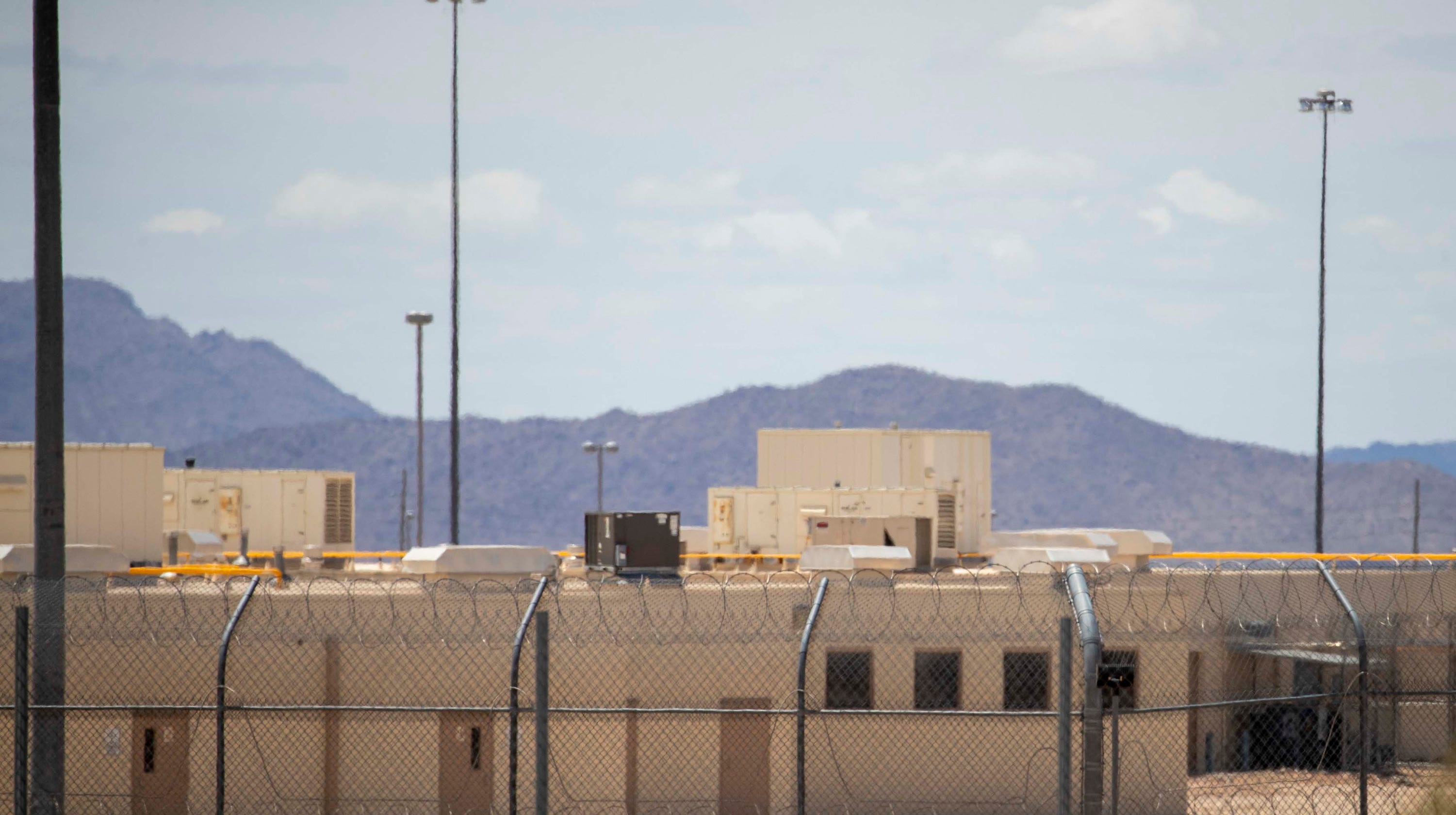 Arizona corrections officer warns of a cover-up of prison