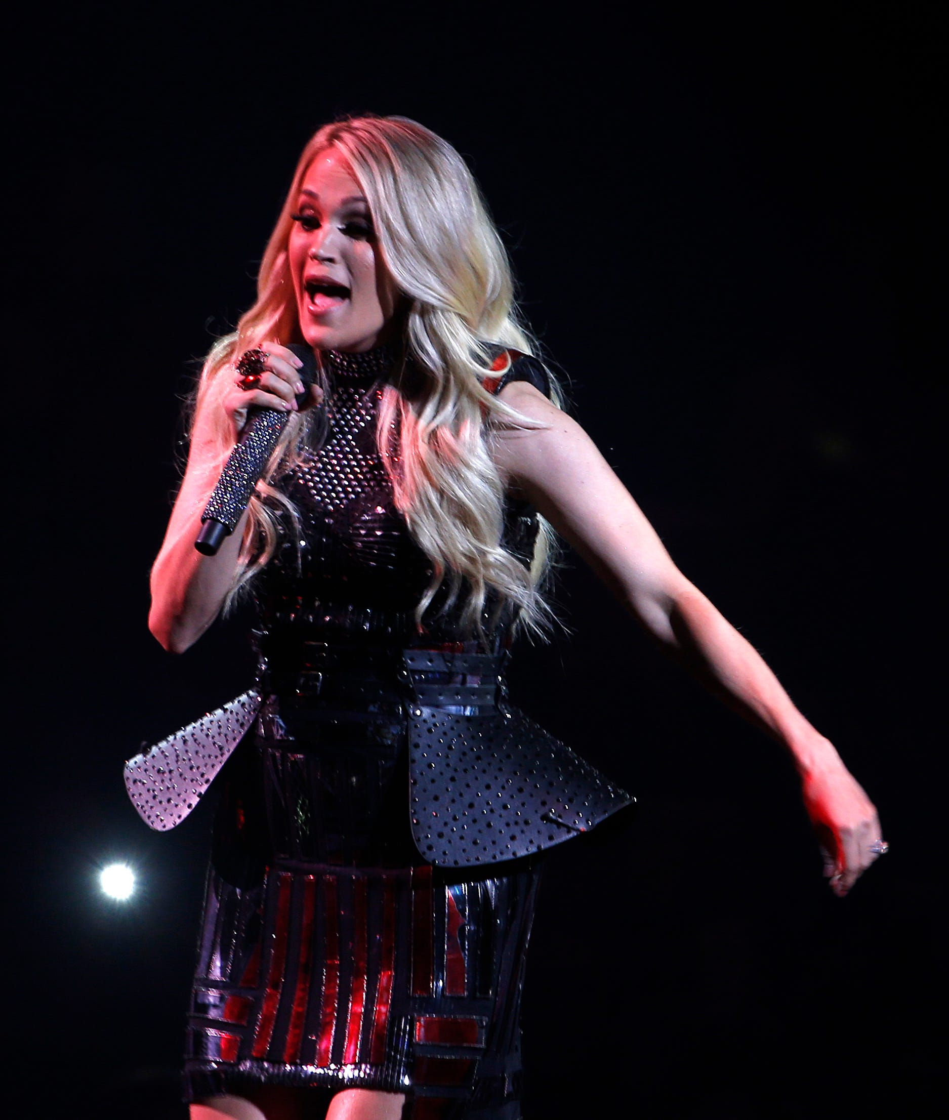 carrie underwood tour - HD1875×2213