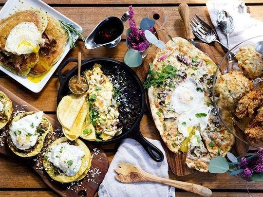 Roaring Fork rinde homenaje a las mamás del Valle con un buffet de brunch con productos para el desayuno, acompañamientos, deliciosos platos y dulces.