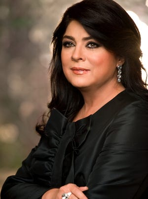 Victoria Ruffo regresa a las telenovelas.