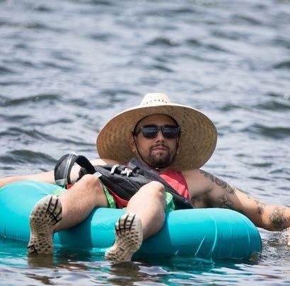 Todo lo que se necesita saber sobre la nueva temporada de Salt River Tubing